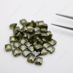 Cubic Zirconia Peridot Square Shape Double Checkerboard faceted cut 5x5mm stones CZ27 IMG_2784