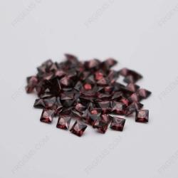 Cubic Zirconia Rhodolite Square Shape Princess Faceted Cut 5x5mm stones CZ30 IMG_0327