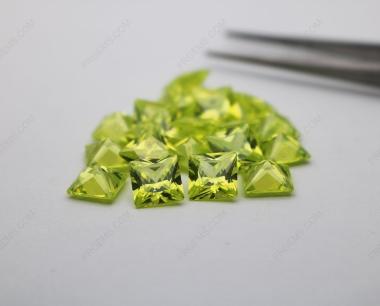 Loose Cubic Zirconia CZ Apple Green Square Shape Princess Cut 8x8mm stones CZ42 IMG_4812