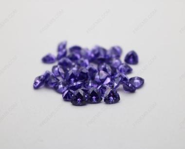 Cubic Zirconia Violet Trillion Shape Diamond faceted cut 5x5mm stones CZ19 IMG_4908