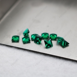 Lab Grown Hydrothermal Emerald Zambia Green Square Princess cut 4x4mm faceted gemstones