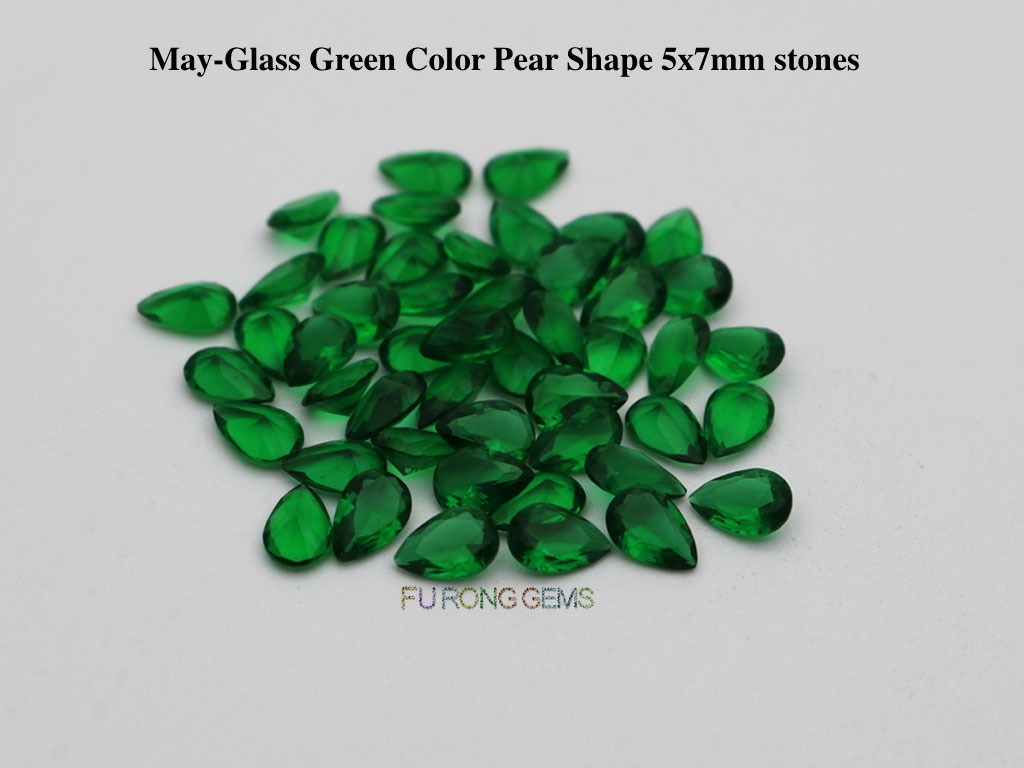 Glass-green-Color-pear-7x5mm-stones