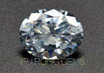 Best_Top_AAAAA_Quality_Cubic_Zirconia_White_Oval_Shaped-Gemstones_China_Suppliers