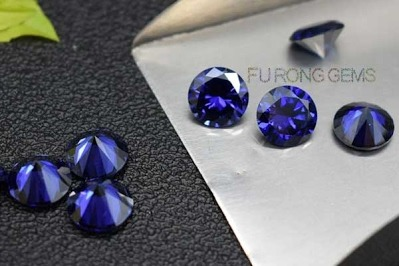 Tazanite-Blue-Cubic-Zirconia-Round-Shape-Gemstones