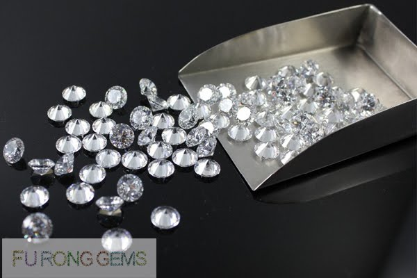 wholesale-bulk-CZ-White-Round-1-3.00mm-Gemstones
